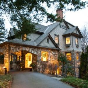 North Lodge on Oakland Bed and Breakfast Asheville